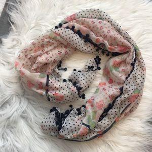 Summer Pom-Pom scarf